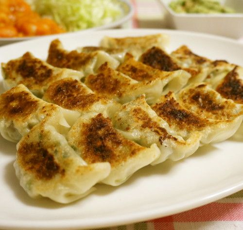 Veggie gyoza (Japanese fried dumpling) #healthy