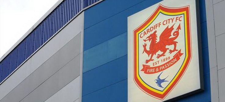 Cardiff City Siap Menuju Liga Primer - Cardiff City yang berjuluk The Blue birds, mempermulus jalan setelah mengalahkan Nottingham Forest di kandang sendiri, Sabtu (13/4). Hasil ini membuat mereka tetap 12 angka di atas peringkat 3 Watford. Craig Bellamy dkk bisa memastikan tempat mereka di kasta tertinggi sistem kompetisi sepak... - http://blog.masteragenbola.com/cardiff-city-siap-menuju-liga-primer/