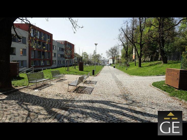 Pěkná novostavba nedaleko metra, 1 kk, 46 m2, OV, přízemí, Praha 9-Prosek