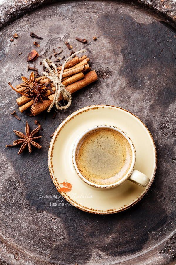 Coffee and spices - Photography by Natalia Lisovskaya