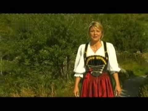 Angela Wiedl - Jodler-Medley (+playlist)