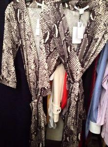 Diane Von Furstenberg New Julian Two Wrap Silk Dress in Python Snake Classic 6 8 | eBay
