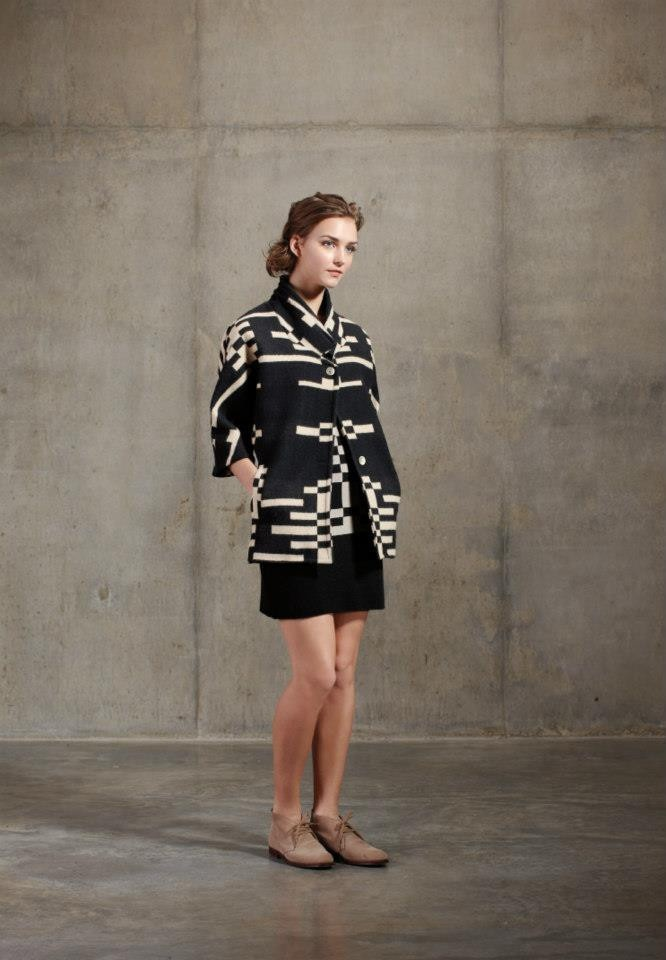 Pendleton dolman overcoat, The Portland Collection at www.shopbodypolitic.ca