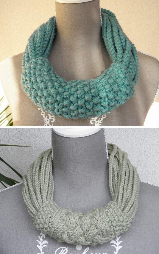 Collier-écharpe fait de plusieurs cordons en laine tricotés ou crochetés et maintenus par un tube tricoté au point de riz.ou de torsades.                                                                                                                                                     Plus