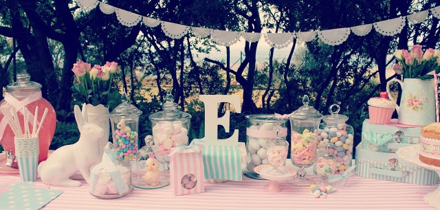Just Darling http://justdarlingblogger.blogspot.com/2013/03/easter-candy-table.html