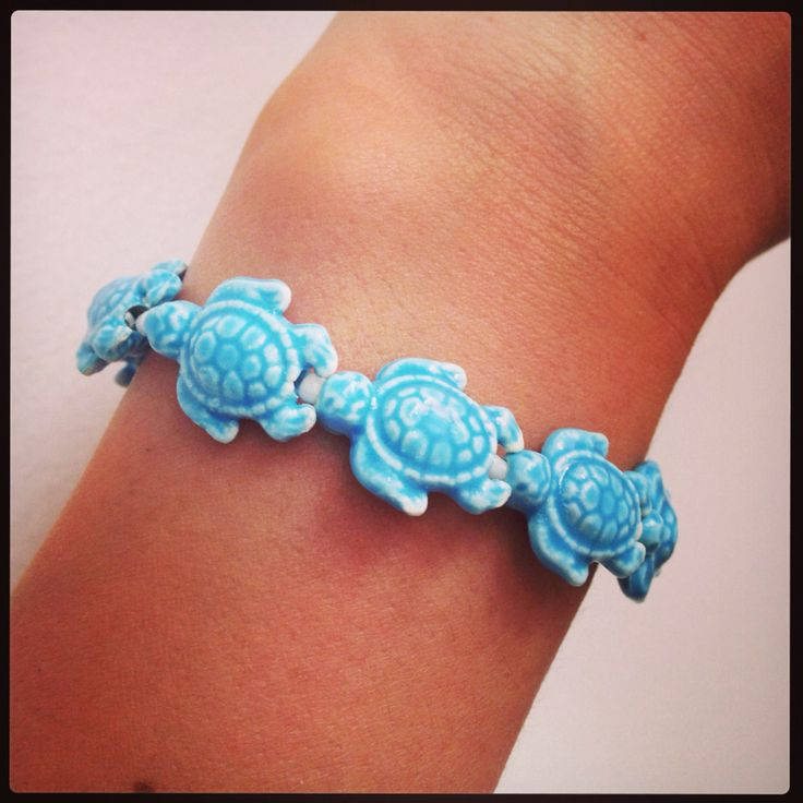 Bracelet. Turtle beads