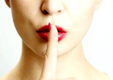Первое место занял запрет говорить и обсуждать в семье сексуальные проблемы людей и родственников - 33%.На третьем месте запрет обсуждать смерть или тяжелую болезнь близких, и события, которые уже не изменить - 7%
