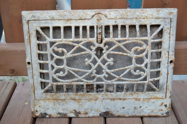 Antique Vtg Ornate Cast Iron Heat Heating Vent Wall Grate