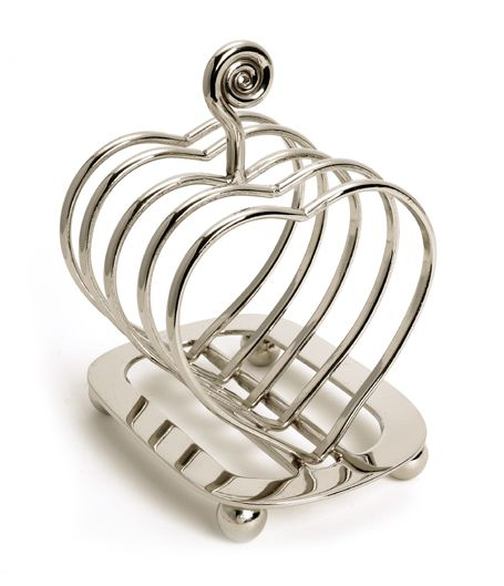 Heart Toast Rack from Joanna Wood Shop | www.joannawood.co.uk #mothersday #gifts #heart #love