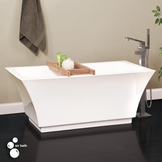 Freestanding air jetted tub