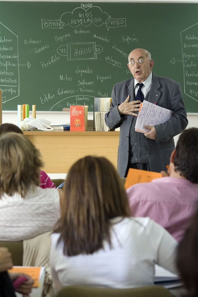 "Denuncian al Ministerio de Educación por las ""mentiras"" que se enseñan en Religión"