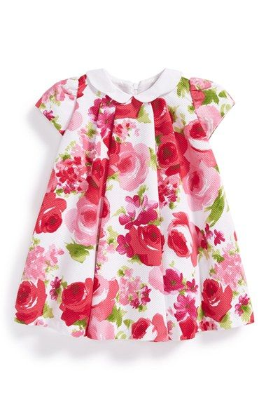 Free shipping and returns on Luli & Me Floral Print Cap Sleeve Dress (Baby Girls) at Nordstrom.com. A dainty Peter Pan collar and a lush floral print provide irresistible charm to a piqué-knit dress with a pleated, A-line silhouette.