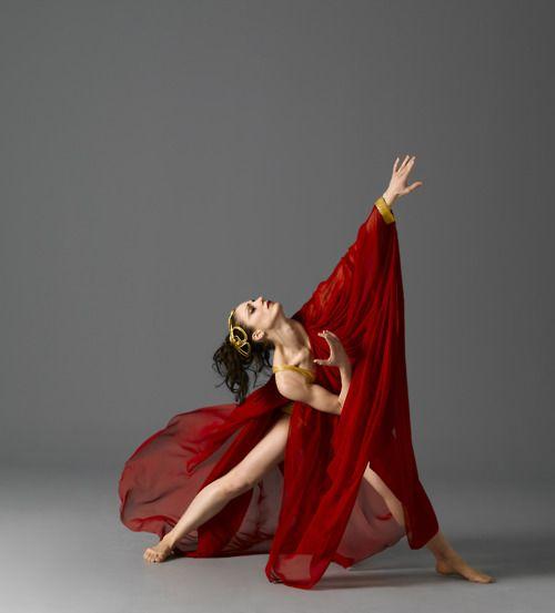 dancehistory:  Martha Graham Dance Company