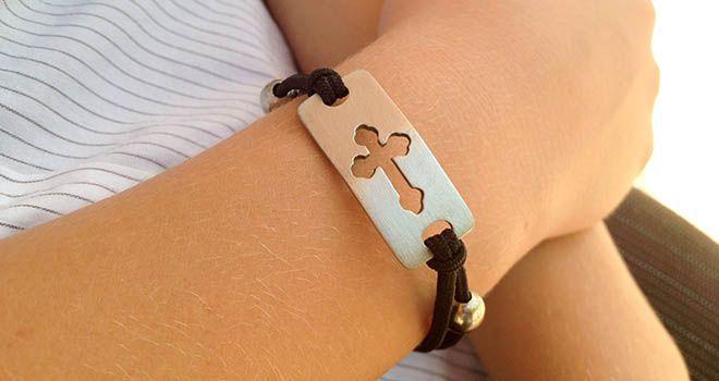 Cross Stretch Bracelet. Find it at www.giftedmemoriesjewellery.com.au