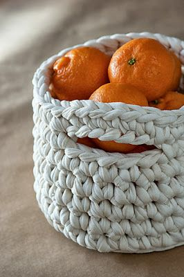 free crochet basket pattern ☀CQ #crochet #crafts #how-to #DIY. Thanks so much for sharing! ¯\_(ツ)_/¯