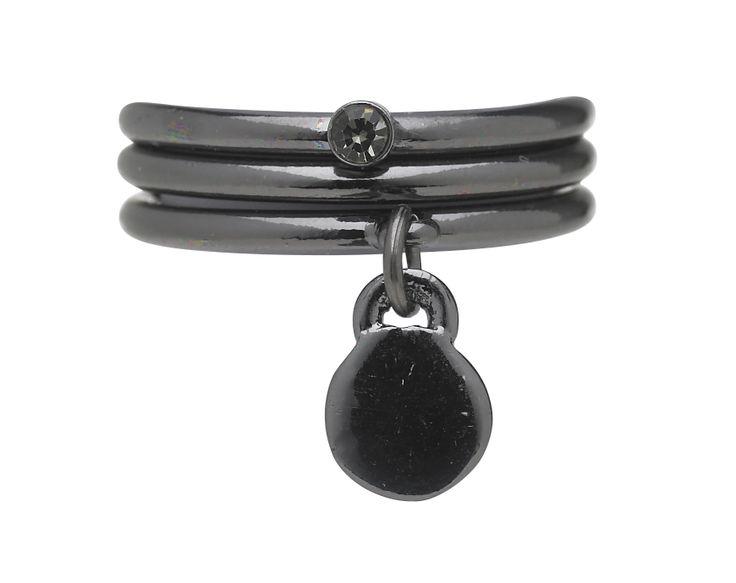 Stunning rings with drop pendants by Lisbeth Dahl Copenhagen Spring/Summer 13. #LisbethDahlCph #Jewellery #Beautiful