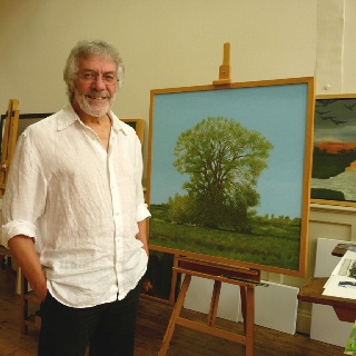 David Inshaw with a version of Willow Tree (2010)