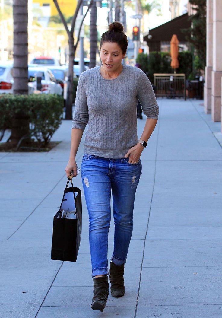 Mercedes Masohn #MercedesMasohn Street Style  Beverly Hills 28/02/2017 Celebstills M Mercedes Masohn