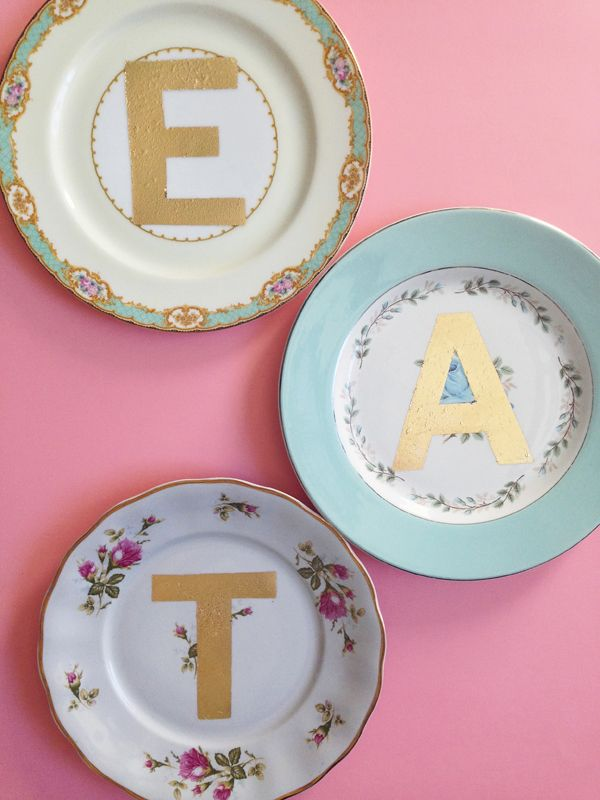 {DIY + GIVEAWAY: gold lettered vintage plates} | The Sweet Escape