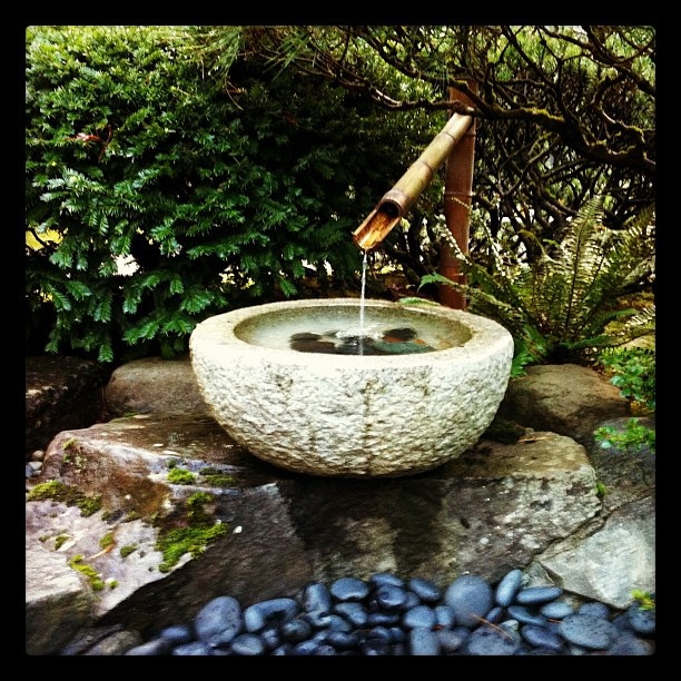 Fountain at the Japanese garden by MamieGold, via Flickr