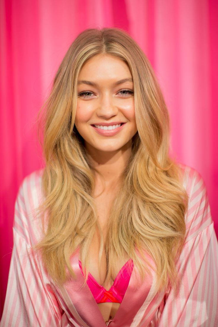 Gigi Hadid gorgeous simple makeup