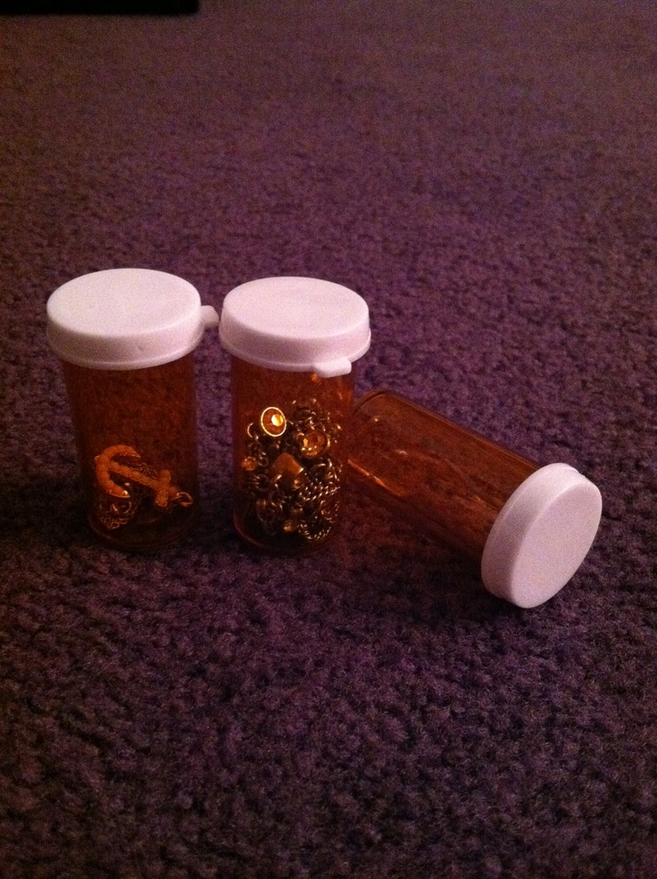 1000 images about med bottle on pinterest bobby pins for Pill bottle jewelry