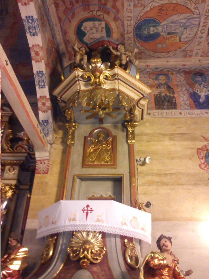 drewniany kościół z XVIII wieku pw. św.Jakuba Szczyrk - POLAND