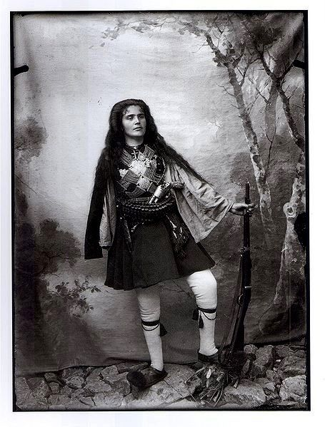 Greek woman of Macedonian Struggle The Macedonian Struggle (Greek: Μακεδονικὸς Ἀγών, Macedonian Struggle) was a series of social, political, cultural and military conflicts between Greeks and Bulgarians in the region of Ottoman Macedonia between 1904 and 1908. Gradually the Greek bands gained the upper hand, but the conflict was ended by the Young Turks revolution in 1908. this is a FANTASTIC photo holy shit I didn't know women were wearing this kind of uniform too