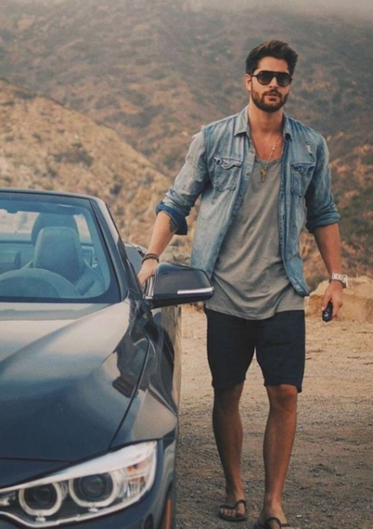 Awesome 26 Amazing Mens Casual Outfits for Summer from https://www.fashionetter.com/2017/04/23/26-amazing-mens-casual-outfits-summer/ #Casualoutfits