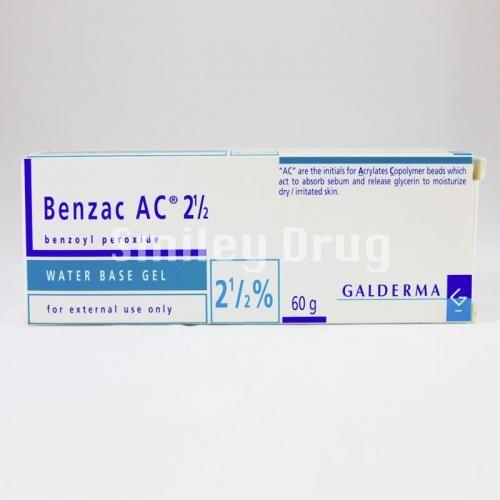 ベンザックは世界のドクターが推奨する「過酸化ベンゾイル」を配合しています。水分補給効果もあるウォーターベースジェルで、皮脂とアクネ菌に働きます。赤ニキビが散発する軽度~中程度の間の治療に効果的で、デコボコ黒ずむニキビ跡が残るリスクを出来る限り回避することが期待できます。 薬剤が効いて皮脂バリアが減少したぶんのお肌の水分補給を保つことを考えたウォーターベースになっています。塗り心地も軽いジェルですから塗布するときにお肌にかかるストレスも軽減できるという口コミの人気の一つです。 今できていなくても繰り返しニキビが出来やすい場所に塗布すると予防効果も期待できます。 ベンザックの副作用、使い方については下記をご参照ください。