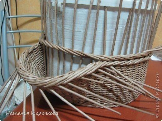 Плетение из газет. Корзинки для лука или рукоделия. Мастер-класс.