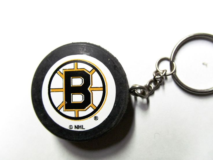 Boston Bruins hockey puck key ring