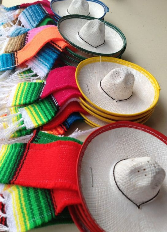 Little charro sombreros and zarapes for decorating a Cinco de Mayo fiesta. So Cute!