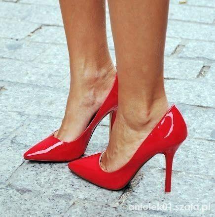 czerwone szpilki szpic 38   Cena: 139,00 zł  #obcasy #czerwoneszpilki #butyszpilki #modneszpilki #szpilki38 #uzywaneszpilki