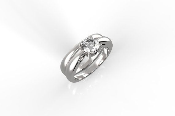 Elegant engagement ring with matching wedding band by Liorsfusion