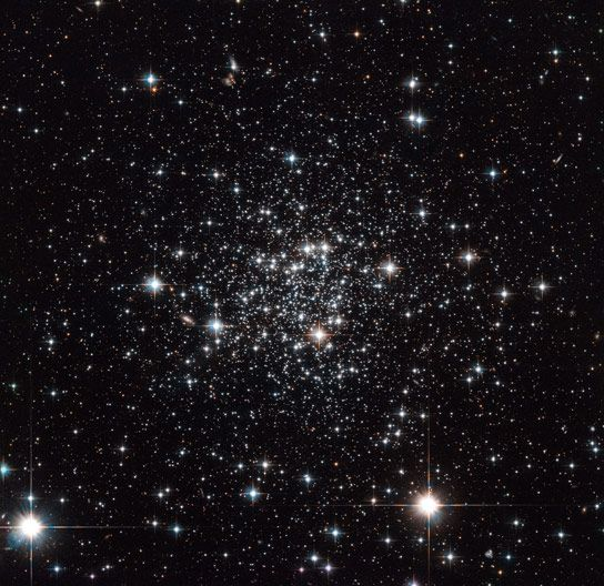 New Hubble Space Telescope Image of Globular Cluster Terzan 7 February 10, 2014 This newly released Hubble image shows globular cluster Terzan 7, which is located roughly 75,000 light-years away from Earth.
