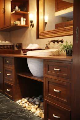 Casas de banho rústicas por Nitido Interior design