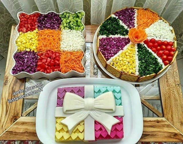 هنر تزیین غذا وسفره آرایی En Instagram ایده ای زیبا برای تزیین کیک مرغ سالاد فصل و ژله ویترینی Diner Recipes Food Decoration Party Food Appetizers