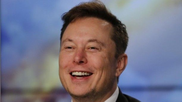 Billionaire Musk S Net Worth Zooms Past Warren Buffett S In 2020 Tesla Tesla Shares Tesla Inc