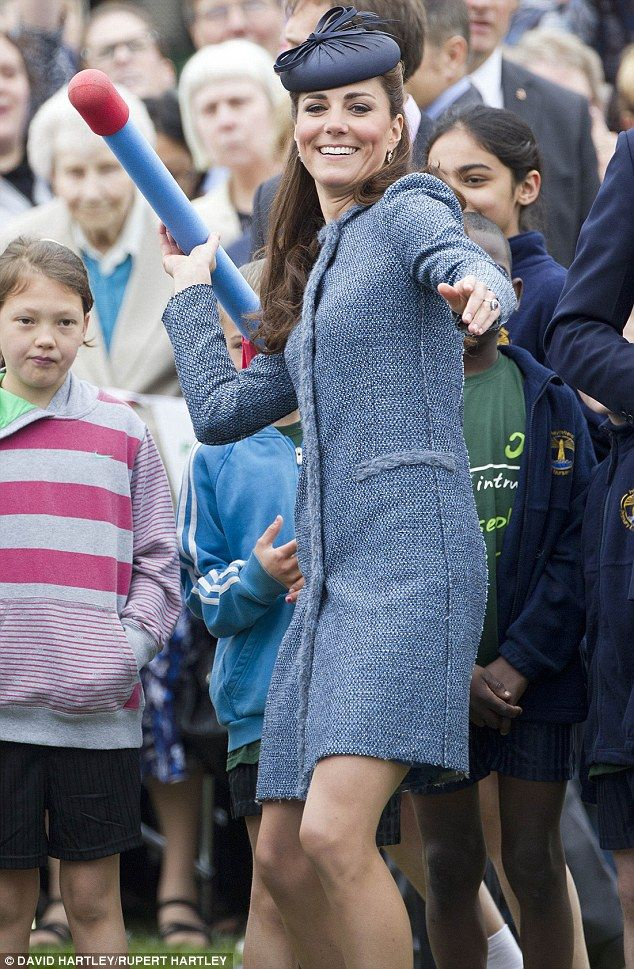 .: Watching Children S, Queen, Duchess Catherine, Prince William, Kate Middleton, Duchess Kate, Kate Tests, Children S Sports