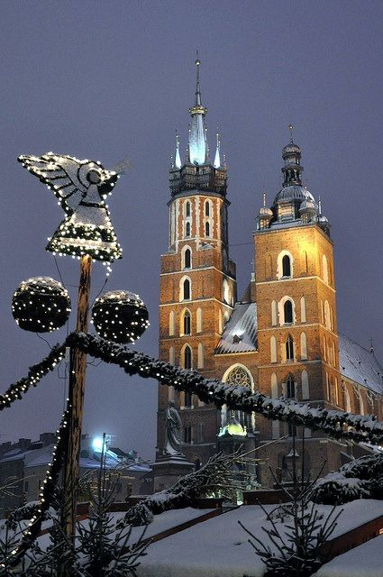 Missing Poland, my home away from home - St. Mary's Basilic, Kraków, Poland