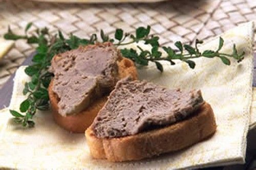 Venison Liver Paté Recipe To Die For  I consider myself lucky that my dad not only taught me how to hunt whitetail deer, he also taught me how to prepare it. Funny enough most of our hunting buddies did not keep the liver and would give theirs to my dad who would make it into the best tasting liver paté. Sadly for us, after he fed it to our hunting friends, they decided to keep theirs and make paté too! This creamy and rich pate is super easy to make.