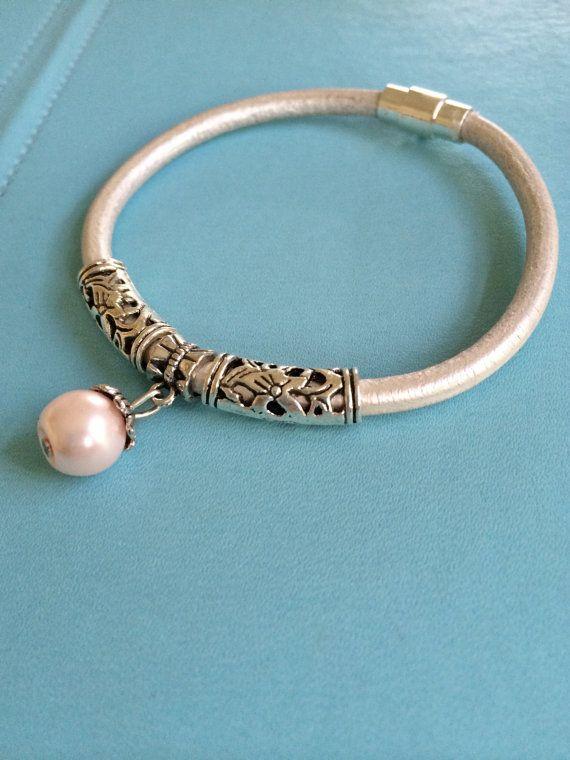 Leather and Pearl Bracelet by joytoyou41 on Etsy, $27.00