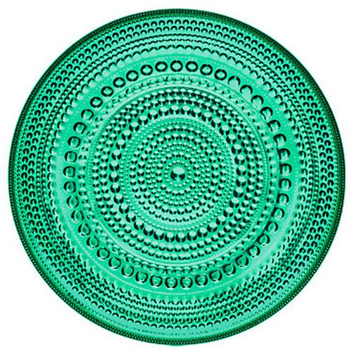 Talk about a jewel! The sparkling Kastehelmi plate by Iittala would make anyone want to go green.