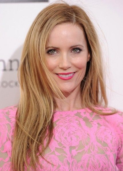Leslie Mann's Wind-Swept Strands - Haute Hairstyles for Women Over 40 - Photos