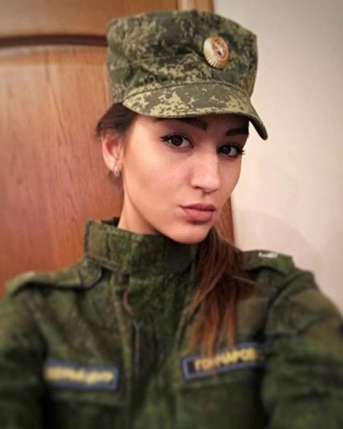 23 Gorgeous Russian Army Girls That Will Make Your Day  Military Girl, Military Women -1804