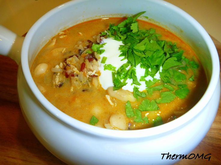 Korma Wild Rice and Butter Bean Soup 1 small onion (peeled) 1 carrot (chopped) 50g korma paste (from ThermOMG) 30g Chicken Stock Paste (or Vegetable) 1100g water 100g wild rice 1 tin of butter beans drained and rinsed 50g cream 140g shredded chicken (optional) Greek yoghurt and coriander to garnish