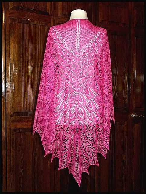 Crochet Lace Weight Shawl Pattern : 25+ Best Ideas about Lace Shawls on Pinterest Crochet ...