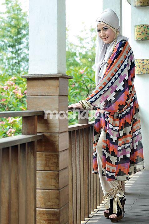 Peggy Melati Sukma --- Buy the magazine at https://www.facebook.com/notes/moshaict-moslem-fashion-district/daftar-nasional-reseller-buku-hijab-moshaict/280384698688485 --- www.moshaict.com  #hijab #fashion #fashionhijab #islamicfashion
