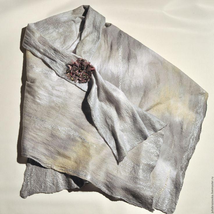 Купить Палантин валяный Серебристый туман.Валяная серая шаль.Теплая накидка. - #серебряный #однотонный #серый #палантин #шаль #шарф #нунофелтинг #валяние #фелтинг #войлок #нуновойлок #шерсть #шелк